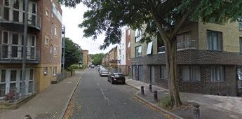Elgar St, Site of The Ship York Pub 2018, on the right.Looking down Elgar Street, Rotherhithe Street to the left..jpg