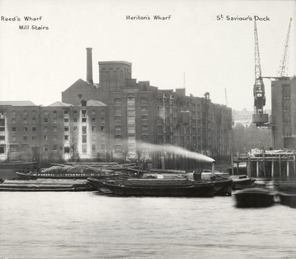 Reeds Wharf, Mill Stairs, Meritons Wharf and St Saviours Dock 1937.jpg