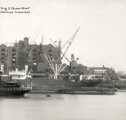 Rotherhithe Street. showing King and Queens Wharf (Bellamy's Granaries) from the Upper Globe Wharf to Dinorwic Wharf section in 1937..jpg