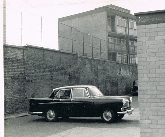 Austin A55,Photo taken in Rolls Road,Bermondsey..jpg