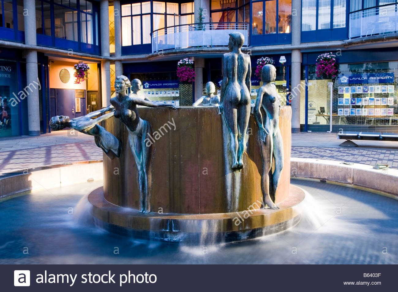 Fountain in Copper Row Brewery Square, Shad Thames,  X.jpg