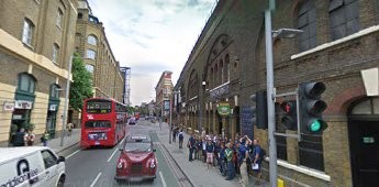 Tooley Street 2008. I think this is the same location, as the 1900 photo.jpg