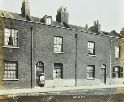 Albion Street, (99-101) Rotherhithe..jpg