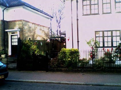 FILM JUBILEE 1978, ROTHERHITHE ST, same location 2008..jpg