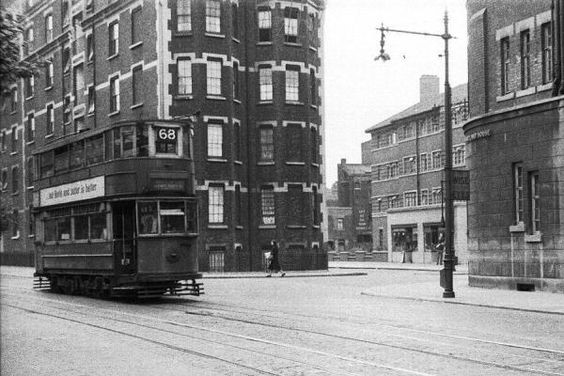 Tooley Street c1950, Fair Street right.jpg