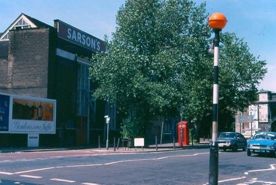 Tower Bridge Road Bermondsey in 1991. Sarsons Vinegar Factory before it shut in 1992.jpg