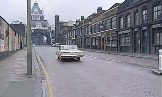 Film Circus of Fear 1966, Tower Bridge Bermondsey, coming from Tower Bridge Road.  X.jpg
