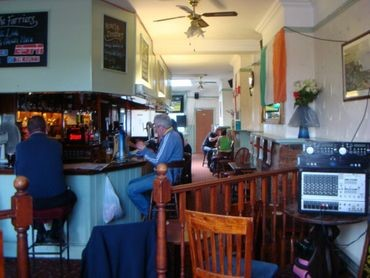 Lower Road, The Farriers Arms Pub interior. X.jpg