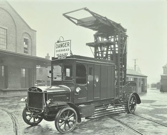 Vehicle used for overhead repairs by the Tramways Department of the London County Council, 1931.jpg
