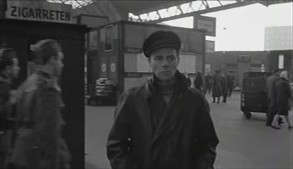 Film, The Password is Courage 1962 Film, In the background is where the London Bridge Terminus Hotel was destroyed as was this part of the train shed roof.  X.jpg