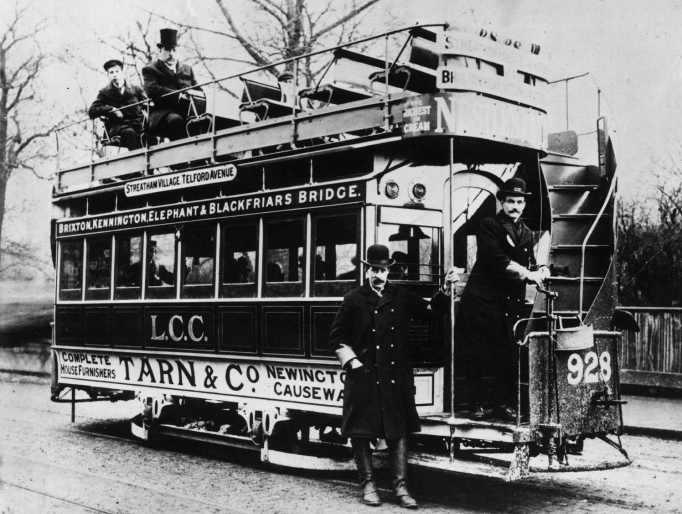 c1900 A London tram running between Brixton and Elephant and Castle.jpg