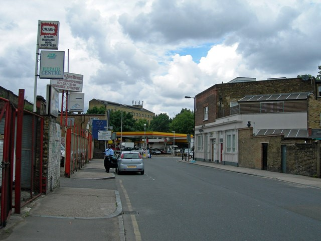 Raymouth Road, looking towards Southwark Park Road. Raymouth Tavern Pub on right c2008.jpg