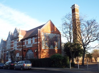 Wells Way, North Camberwell Library.jpg