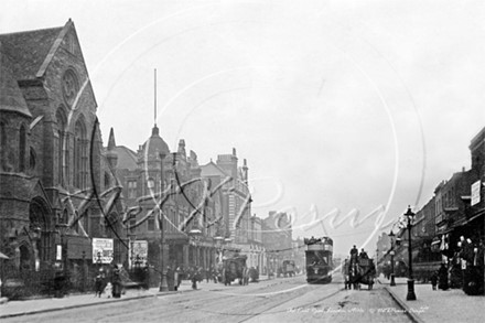 OLD KENT ROAD c1900s The Baptist Chapel, Albany Road and the Thomas A Becket Pub on the left..jpg