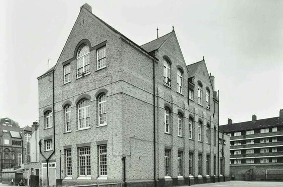 Flint Street, English Martyrs School, 1971.jpg