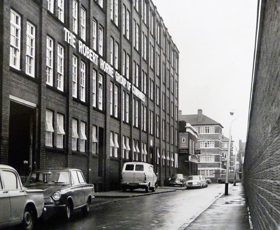 Alice Street SE1. The Jolly Tanners pub can be seen on the corner with Rothsay Street c.1973.jpg