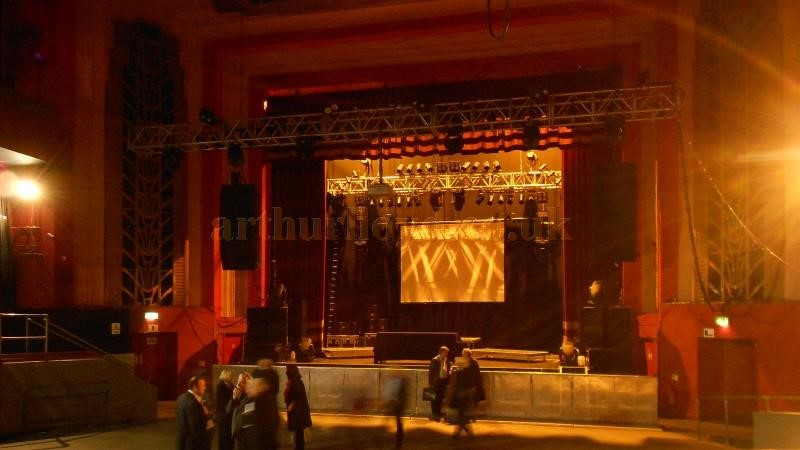 Elephant & Castle.The Auditorium and Stage of the Coronet Theatre in 2013 - Photo M.L.jpg