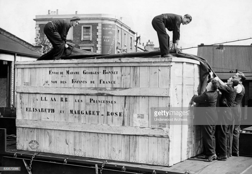 Bricklayers Arms Goods Depot 1938, container from France for Princess Elizabeth & Princess Margaret.   X.jpg