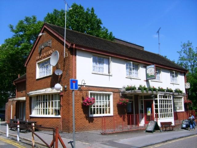 The Hand In Hand Pub, 2008 was situated at 37 Meadow Row. (formerly Arch Street, and before that Thomas Street).  Off New Kent Road running into Rockingham Steet.jpg