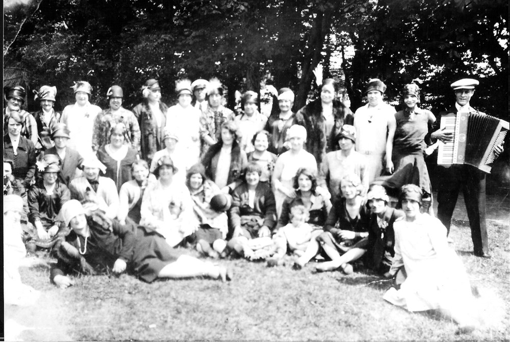 The Leach Family of Bermondsey..jpg