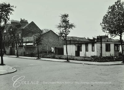 Setchell Road, c1957, ran from Dunton Road to Curtis Street.jpg