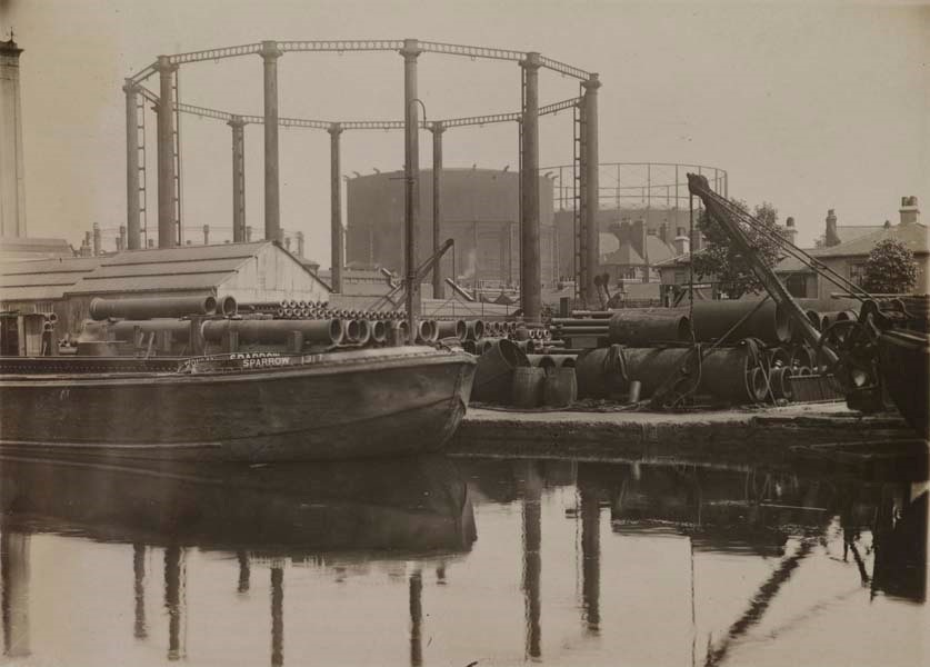 South Metropolitan Gas Works. Yard and canal view. Note the barge 'Sparrow' moored up at the wharf..jpg