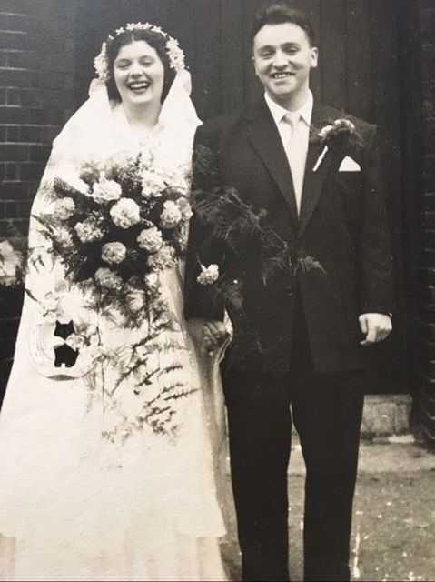 Bermondsey London wedding 1953 ed & kath's wedding day.jpg