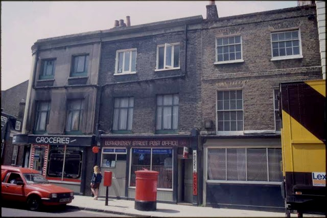 Bermondsey Street,the original location of the Post Office, near the corner of Bermondsey St and Morocco St.jpg