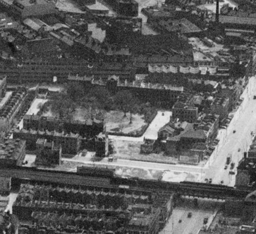 Nelson Square, Britain from above photo from 1947 (2).png