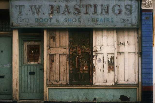 Grange Road, Bermondsey, in the late 1980s. T.W. HASTINGS Boot & Shoe Repairs. X.png