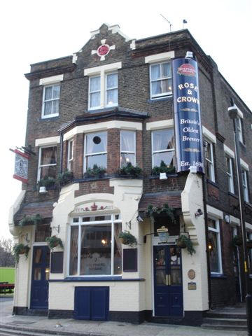 Rose & Crown, 47 Columbo Street 2007  Paris Gardens left. X.png