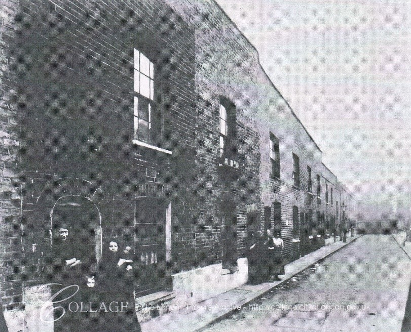 Pilgrimage Street,Fox's Buildings, 1913.  X.jpg