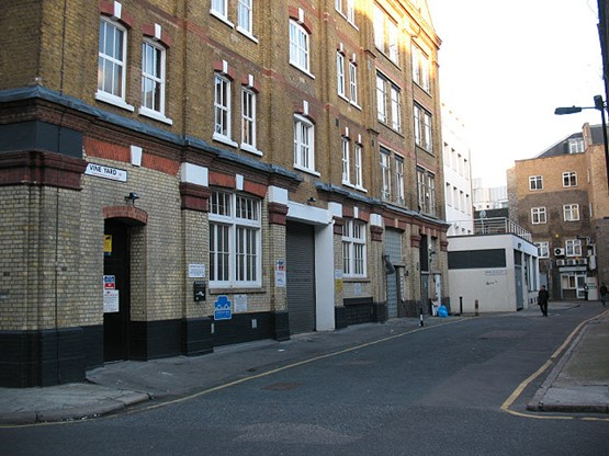 Sanctuary Street, Vine Yard with Wallis Alley left where the white building is Southwark. 2017..jpg