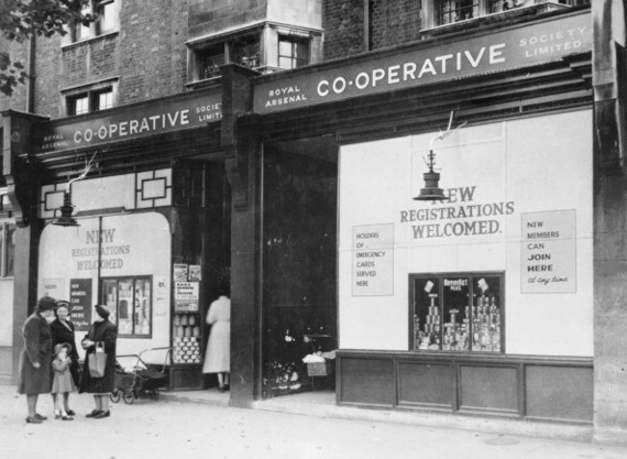 Co-Op, Old Kent Road..jpg