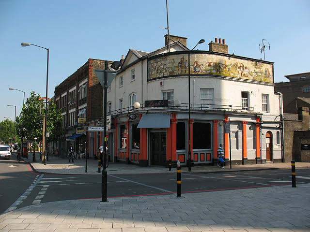 Old Kent Road, Kentish Drovers & Halfway House, Commercial Way right.  X.png