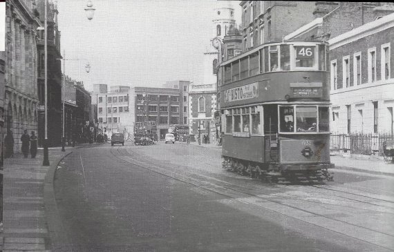 Tram in Great Dover St.jpg
