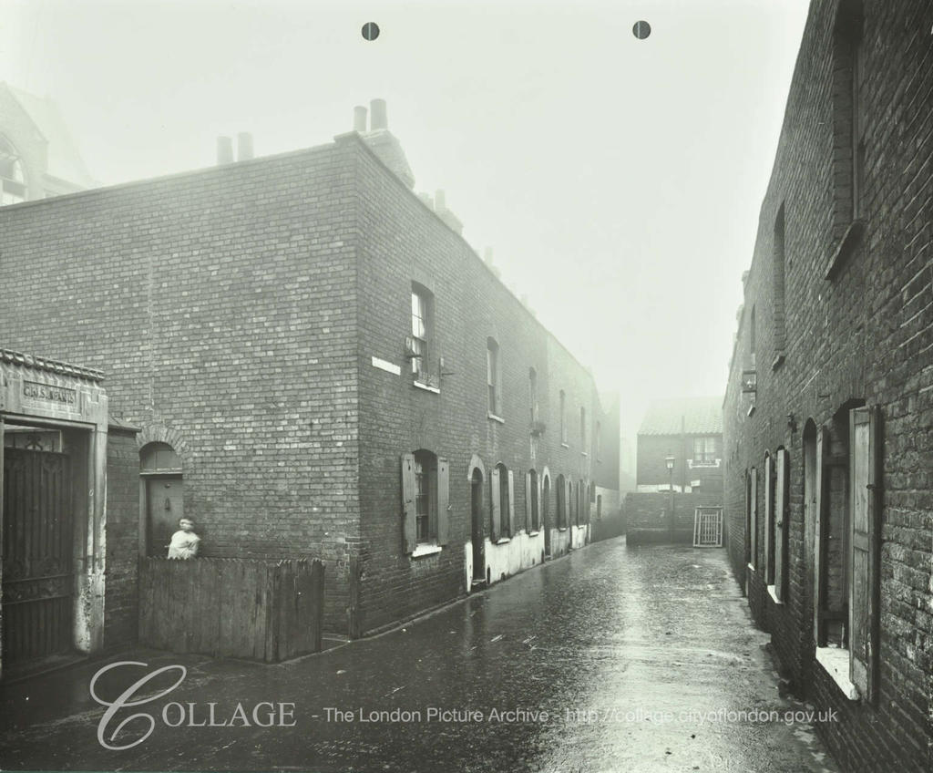 Lockyer Street 1914. Porlock Place far end.  X.png