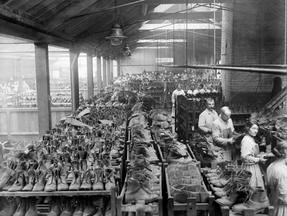 WW1 Army Shoe Factory, Old Kent Road.jpg