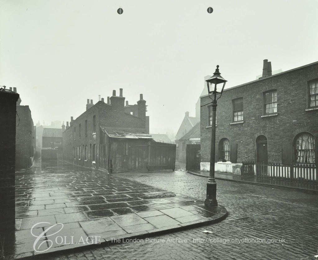 Porlock Place, looking south 1914.St.Paul's Church, Kipling Street, can be faintly made out behind them.  X.png
