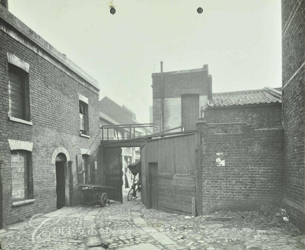 Southall Place, Tabard Estate,1913.  X.png