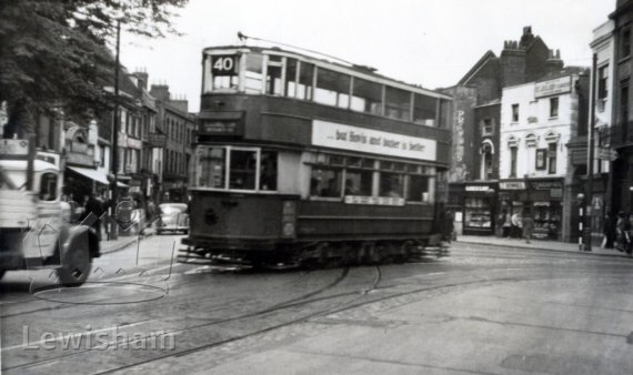 40 tram at greenwich church.jpg