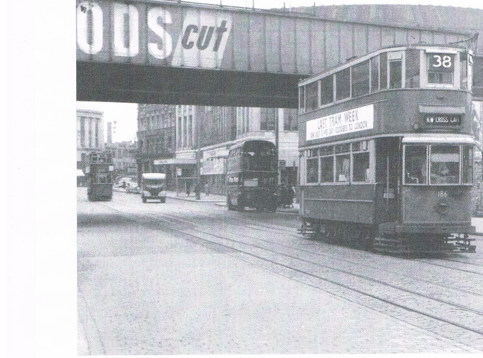 New Kent Road looking west. Elephant & Castle Railway Station just off to the left in Elephant Road 1952.  X.jpg