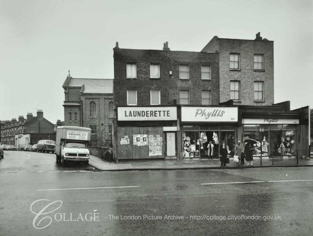 Old Kent Road,with Coburg Road left 1979.  X.png