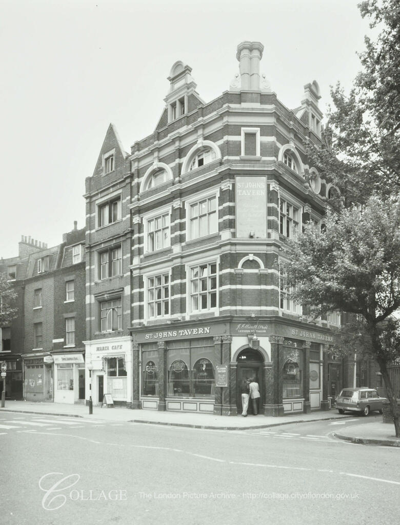 Tooley Street c1980,St Johns Tavern.  X.png