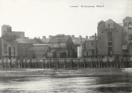 Rotherhithe Street, Lower Ordnance Wharf 1937.  X.png