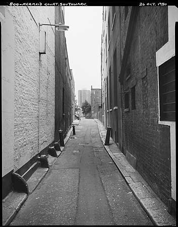 Mermaid Court,Borough High Street, looking towards Tennis Street.  X.png