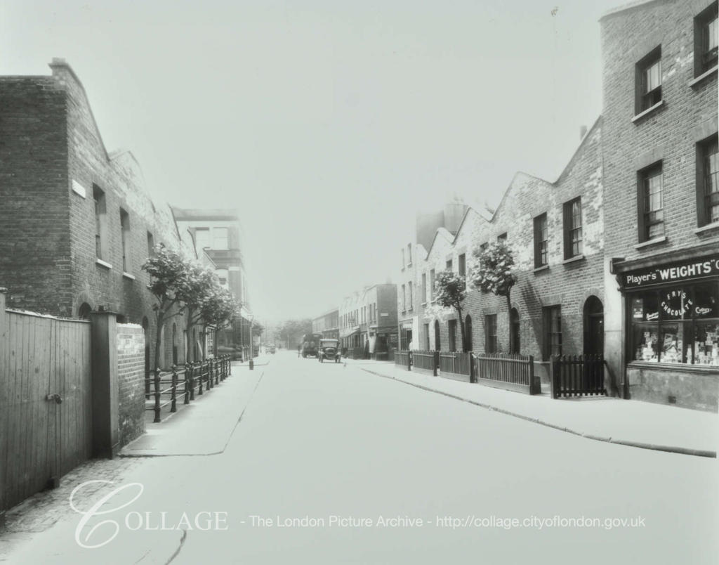 Bagshot Street c1937, between Albany Road & Kinglake Street.   X.png
