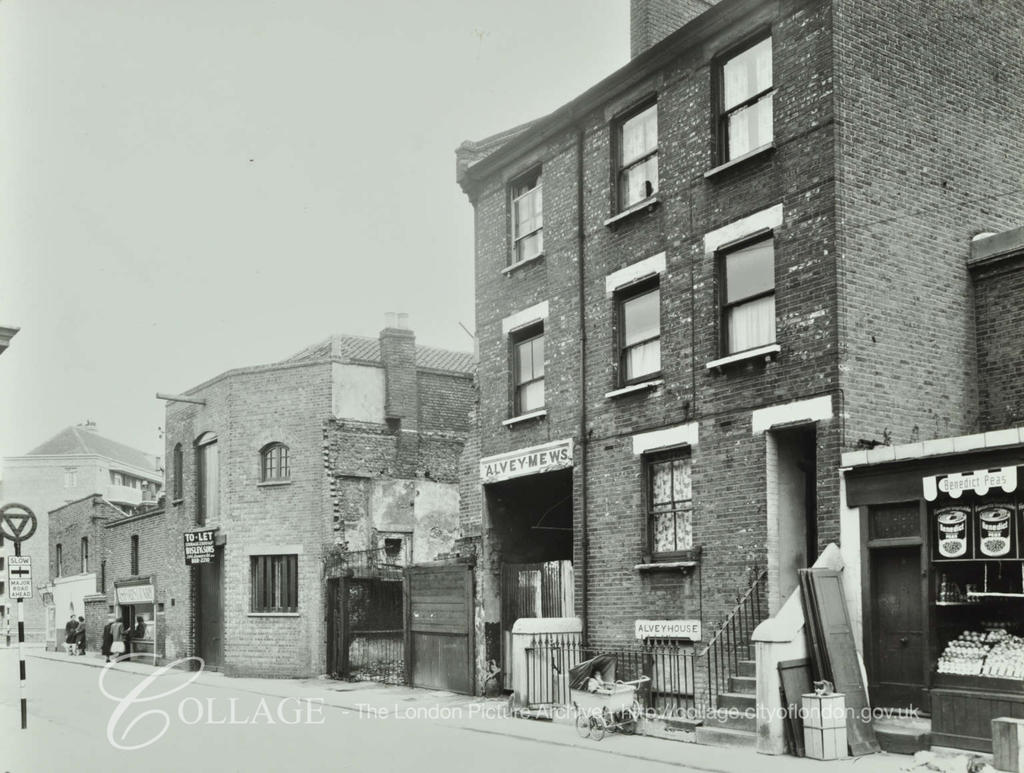 Alvey Street ,Nos 1-3 by Alvey Mews. East Street to the left.   X.png