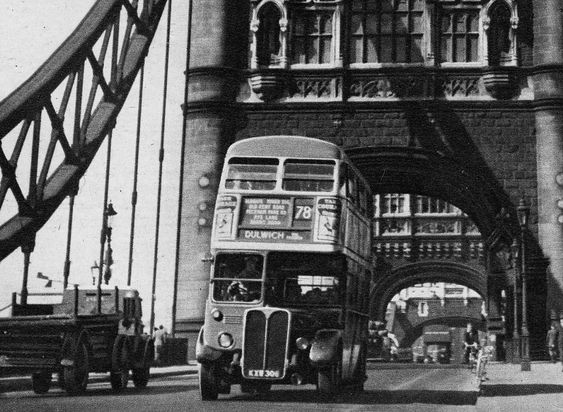 78 bus crossing Tower Bridge, south side c1952, heading towards Tower Bridge Road and on to Dulwich.  X.png