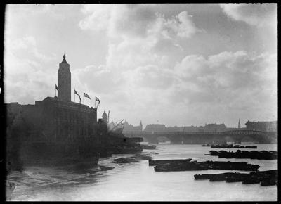 Oxo Tower, Barge House Street, near Upper Ground, Southwark, c1930.   X.png